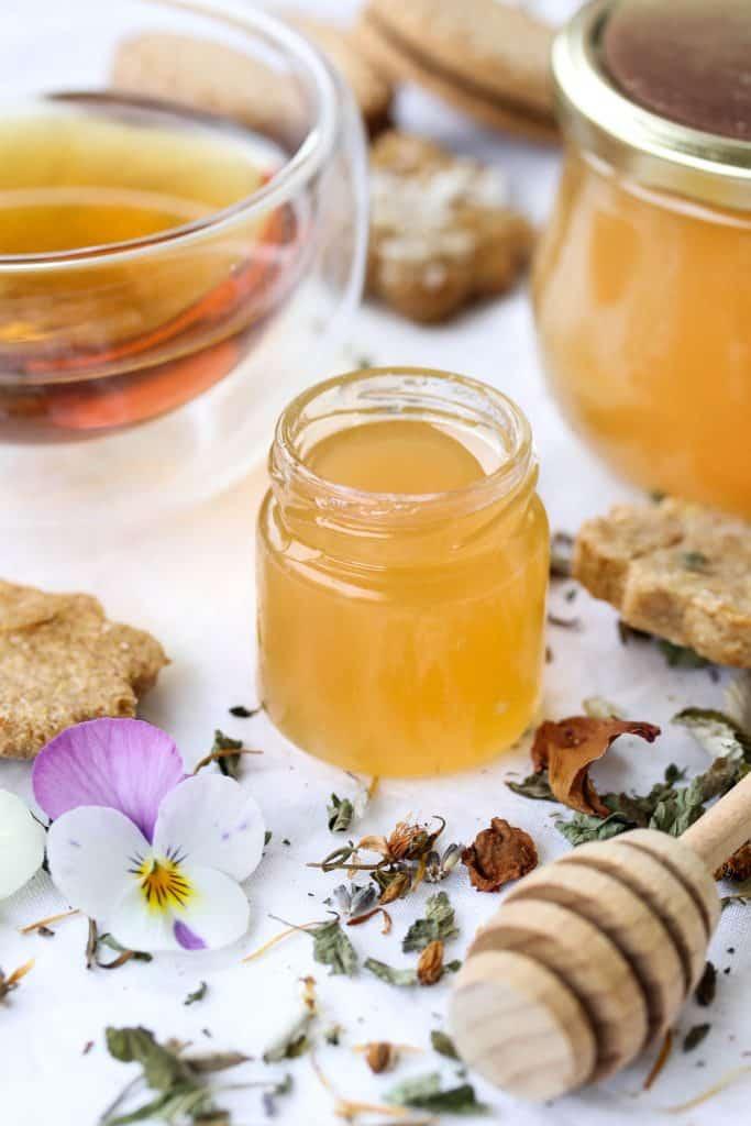 "Dandelion Jam – ""vegan honey""- Truefoodsblog"