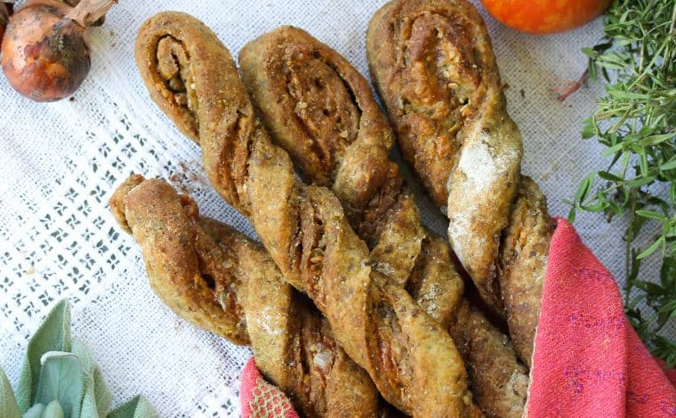 Herby Wholegrain Cheese Sticks - Truefoodsblog