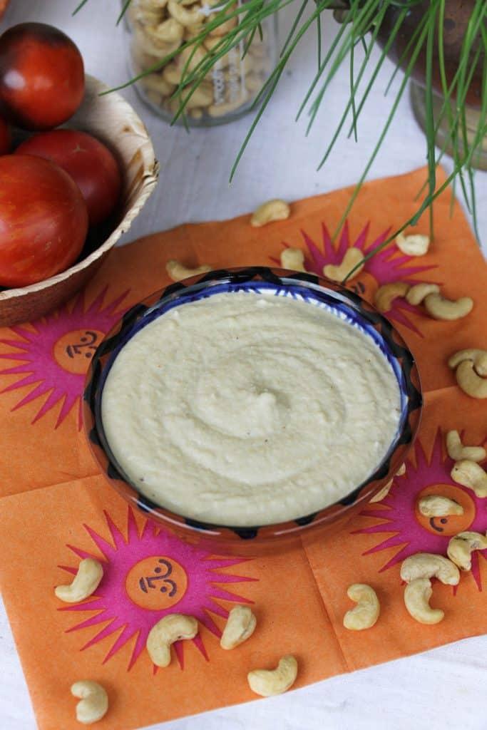Vegan Cashew Sour Cream - Truefoodsblog