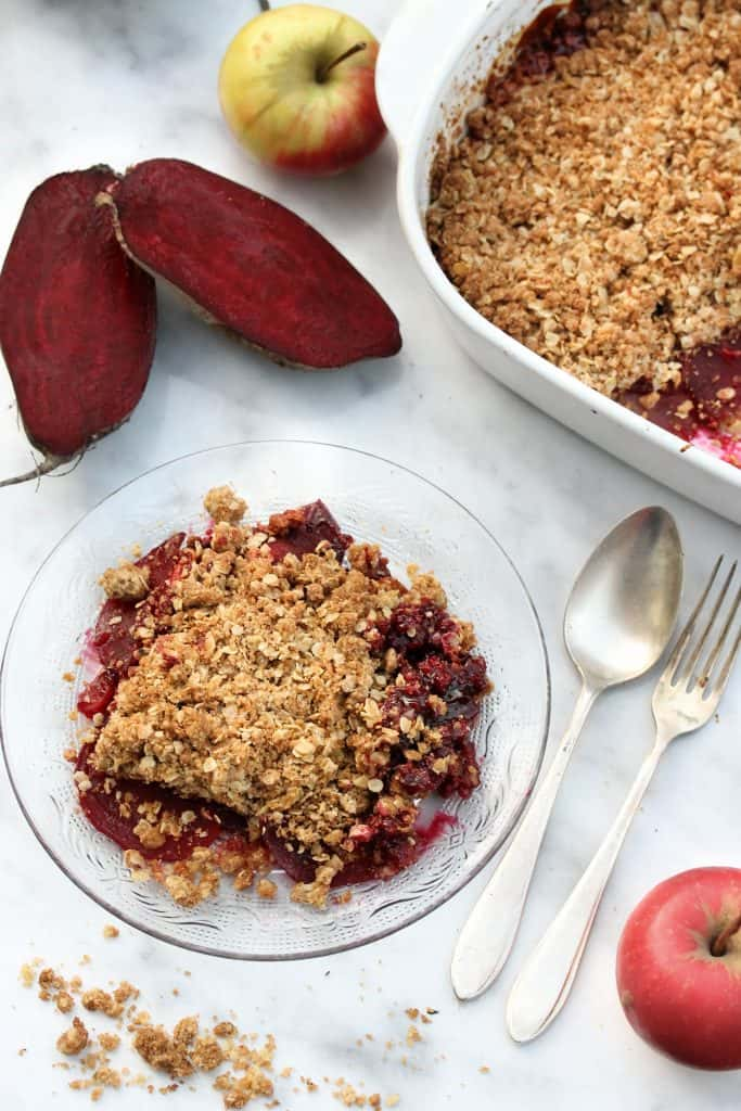 Red_Beet_Gingerbread_Apple_Crumble_Truefoodsblog