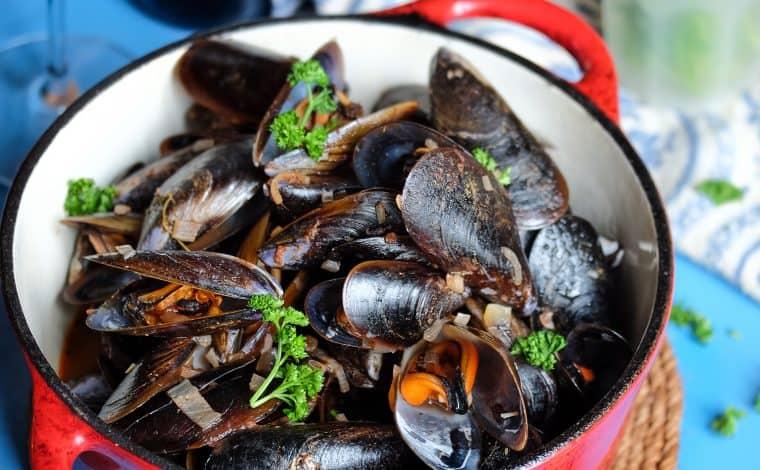 Mussles in Tomatosauce - Truefoodsblog