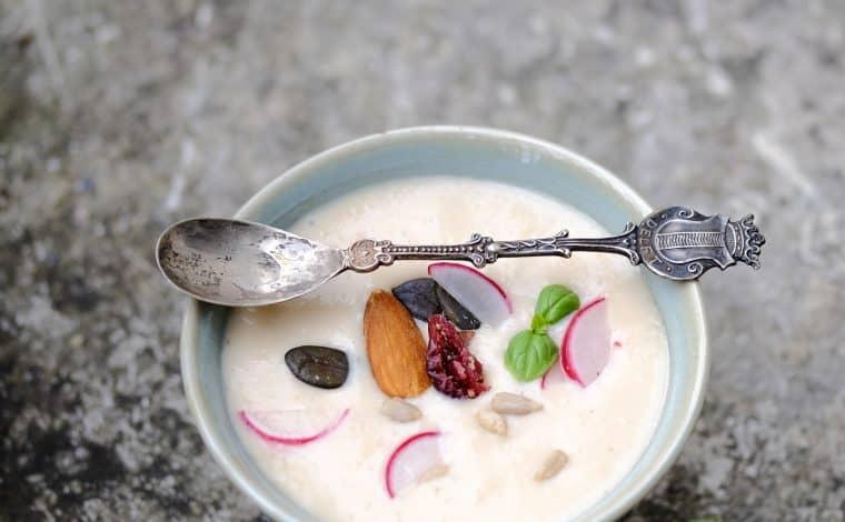 Cheap Vegan Sour Cream - TruefoodsblogCheap Vegan Sour Cream - Truefoodsblog