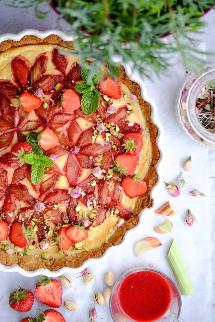 Rhubarb Cheesecake - Truefoodsblog