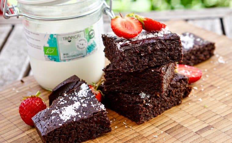 Chocolate Brownies by Truefoodsblog