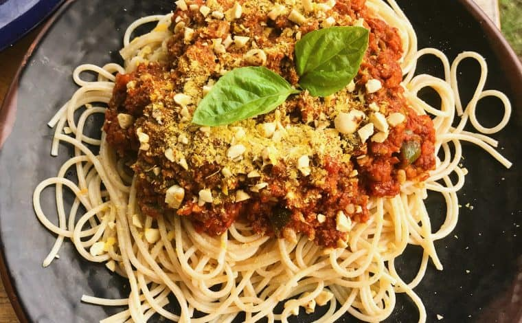 No-Soy Vegan Bolognese Sauce by Truefoodsblog