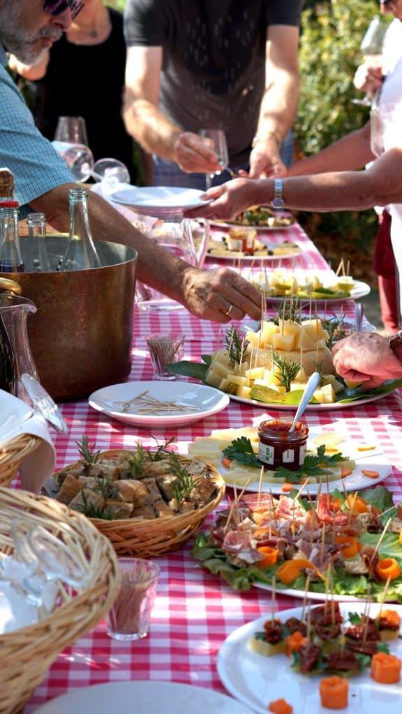 Aperitif at La Fattoria la Vialla by Truefoodsblog