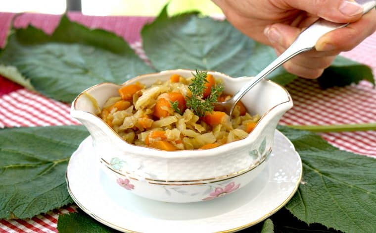 White cabbage stew with carrotes - Regional Autumn recipe by Truefoodsblog 7